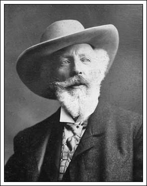 Holger Drachmann, som i 1884 og 1885 boede i Rørvig.