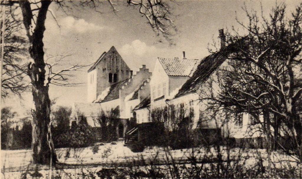 Asnæs Kirke og Præstegård