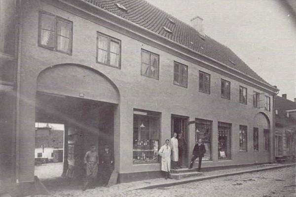 Hans Hansen - nu Sparekassen