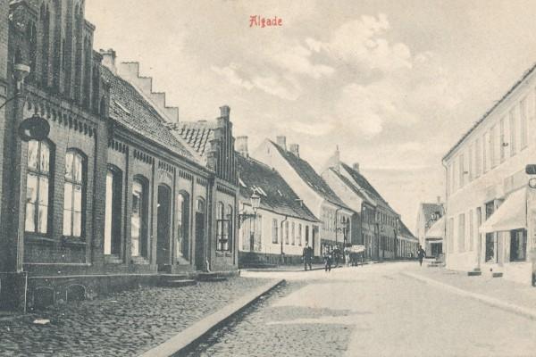 Algade i slutningen af 1800 tallet